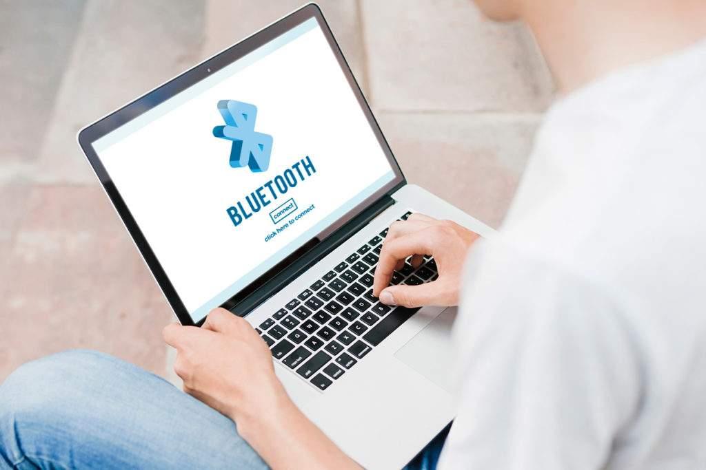 Mengaktifkan Bluetooth
